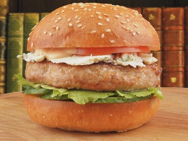 Заказать Бургер с сыром Дор Блю на дом с доставкой